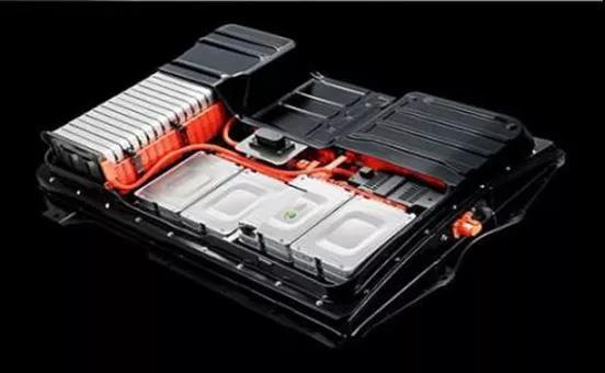 新能源汽车发展迅猛 带动了对动力锂电池的旺盛需求